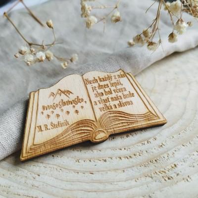 Magnetka/ odznak/ kľúčenka kniha ŠTEFÁNIK